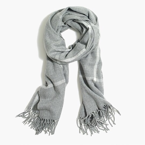 🎉HP🎉 J Crew Heather Dusk Ivory Plaid Scarf